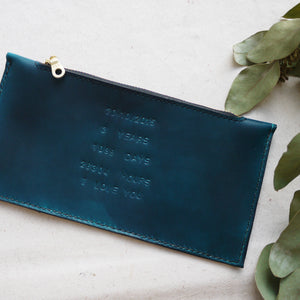 HUE - Personal Message Leather Zip Purse