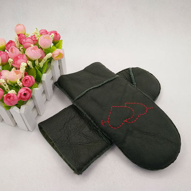 Heart Embroided Pattern Winter Warm Keeping Mitten