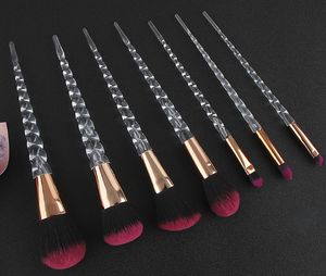New 7PCS Crystal Makeup Brushes Sets Spiral Handle Horn Make up Beauty Tools Cosmetics Powder Eyeshadow Blending Brushes kit
