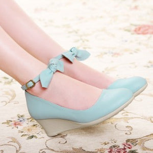 Vintage Sweet Ladies Bow Wedge Platform Pump