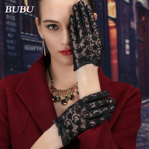 Laces Screen Touching Gloves Thin Laces Autumn Fashion (1 pair)