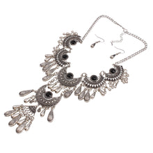 New Style Exaggerated Retro Alloy Hollowed-Out Carvings Of A Dried-Water Tassel Necklace Set