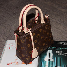 Designer Classical Printed Pattern Handbag Ladies Bag