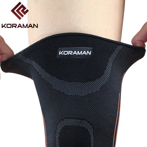New 1PC Knee Protector Neoprene Cap Sports Knee Pads Running Hinge Brace Kneepad Basketball Cycling Gym Protection