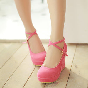 Thin Ankle Straps Rear Closure Women's Wedges