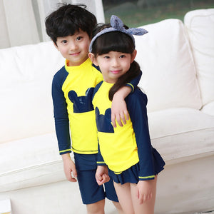 New 3pcs/set Hat+Shirts+Trunks Boys Beachwear Sports Bathing Sutis Kids Swimsuit Boys Swimsuits Children Kids Swimwear