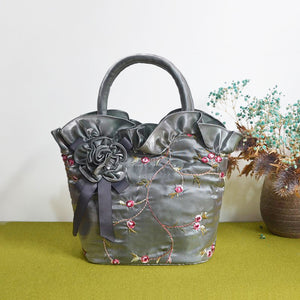 Satin Handbags with Flower Embroidery Pattern Evening Bags