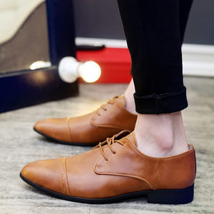 Men Fashionable Oxford Shoes