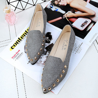 New Arrival Rivet Flat Shoes