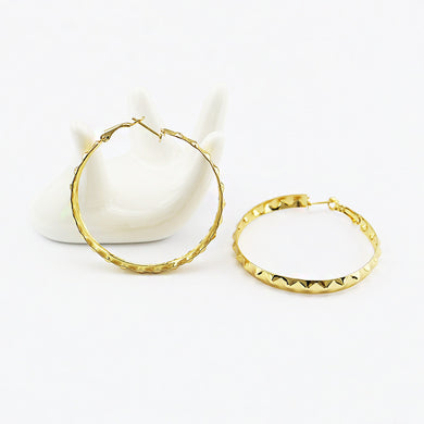 Fashion Geometric Round Rivet Earring For Women Gold Large Circle Hoop Earring For Women Brincos Jewelry