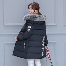 Fashion Letter Pattern Winter Down Coat with Synthetic Fur Hoodies