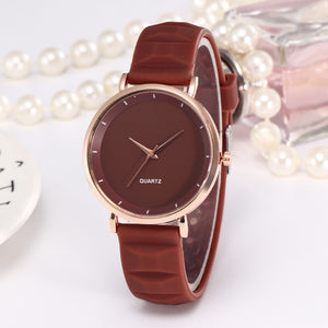Female Silicone  Gold Korean Fashion Casual Simple Quartz Watch