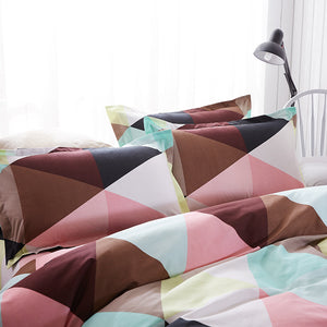 Brown Tone Triangle Pattern Soft and Luxury Beddings Set