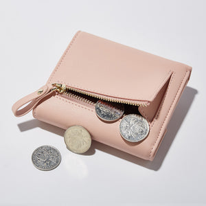 Women'S Wallet Short Style Creative South Korea Edition Of The Irregular Fashion Temperament Hand To Take Zero Wallet