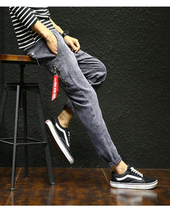 Relaxed-Legged Corduroy Trousers Causal Pants for Men