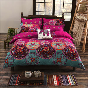 Retro Fashion Rose Pink and Emerald Dual Color Floral Pattern Soft and Luxury Beddings Set