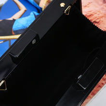 New Arrival Black and White Straps Bird Square Bag for Ladies