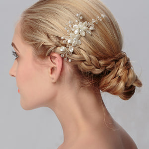Handmade Crystal rhinestone Pearl Wedding Bridal jewelry Comb Hair Accessories Headpieces Flower Pattern Sweet Hairpins