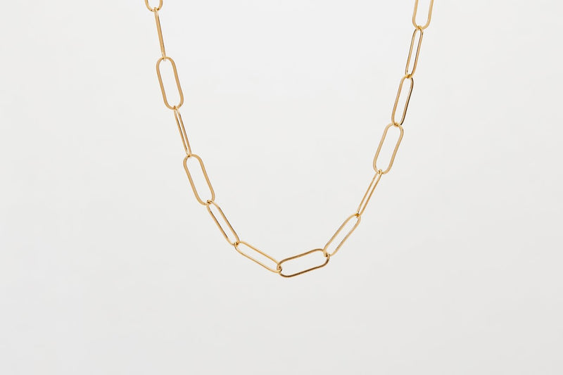 Elongated Linked Short Chain - Gold
