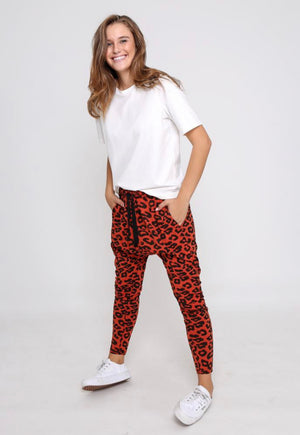 Pip Lounge Jogger - Rust & Black Leopard