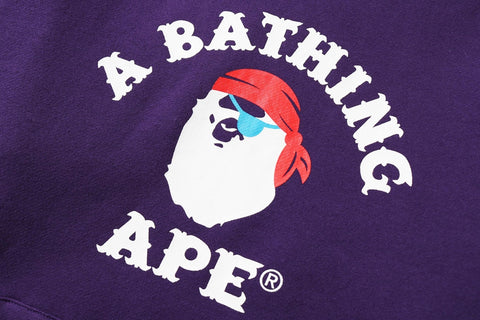 APE PIRATE COLLEGE PULLOVER HOODIE