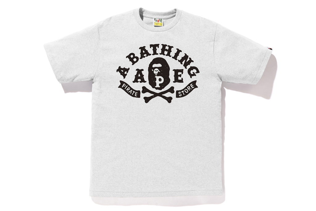 APE CROSSBONE PIRATE STORE TEE