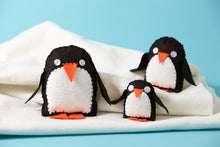 Penguin Family Sewing Kit
