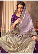 Load image into Gallery viewer, Upraised Purple Banarasi Silk Saree Influential Weaving Work YDS1032