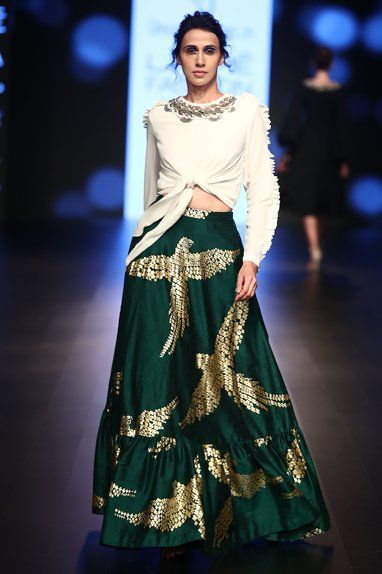 Diva Cocktail Lehenga In Green With Birdwork SFIN2232 - Siya Fashions