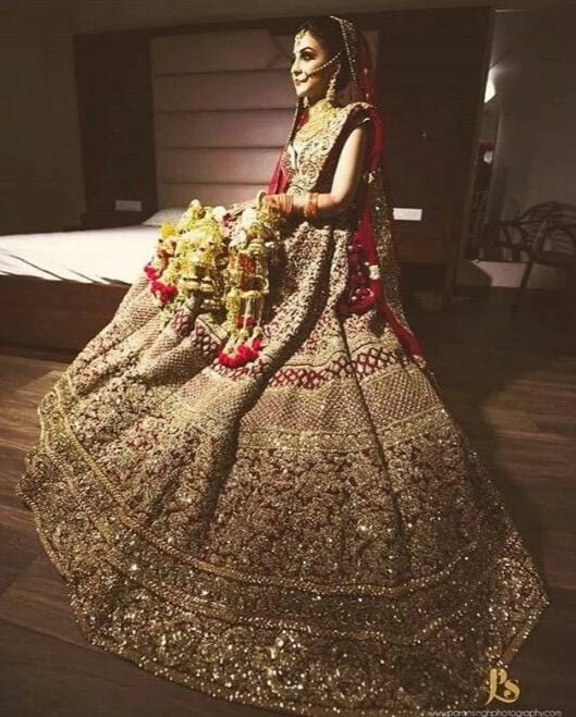 Red Gold Bridal Lehenga Choli With Hand Zardozi Work SFINSB34