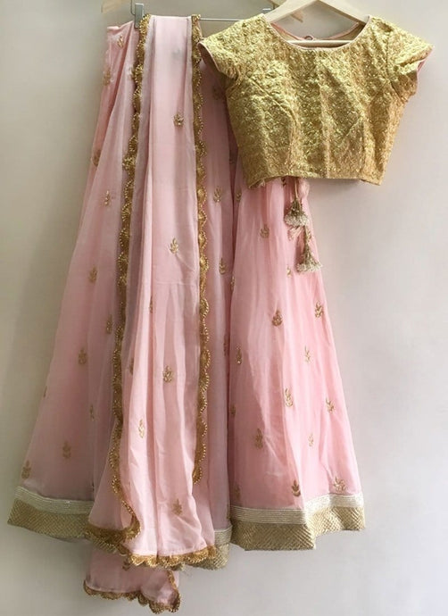Online Indian Pink Georgette Sangeet Party Lehenga Resham Work SF113IN - Siya Fashions