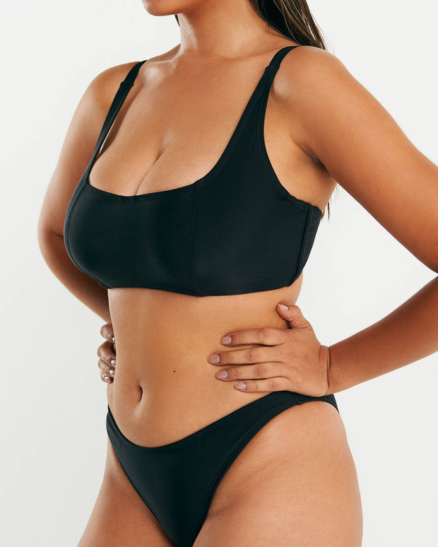 Underwire Crop - Black - RAQ