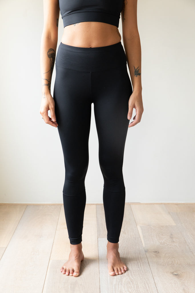 The Eva- regenerated ocean plastic legging