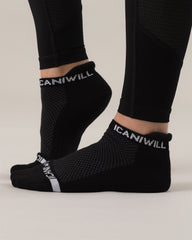 ICANIWILL – PERFORM SOCKS BLACK