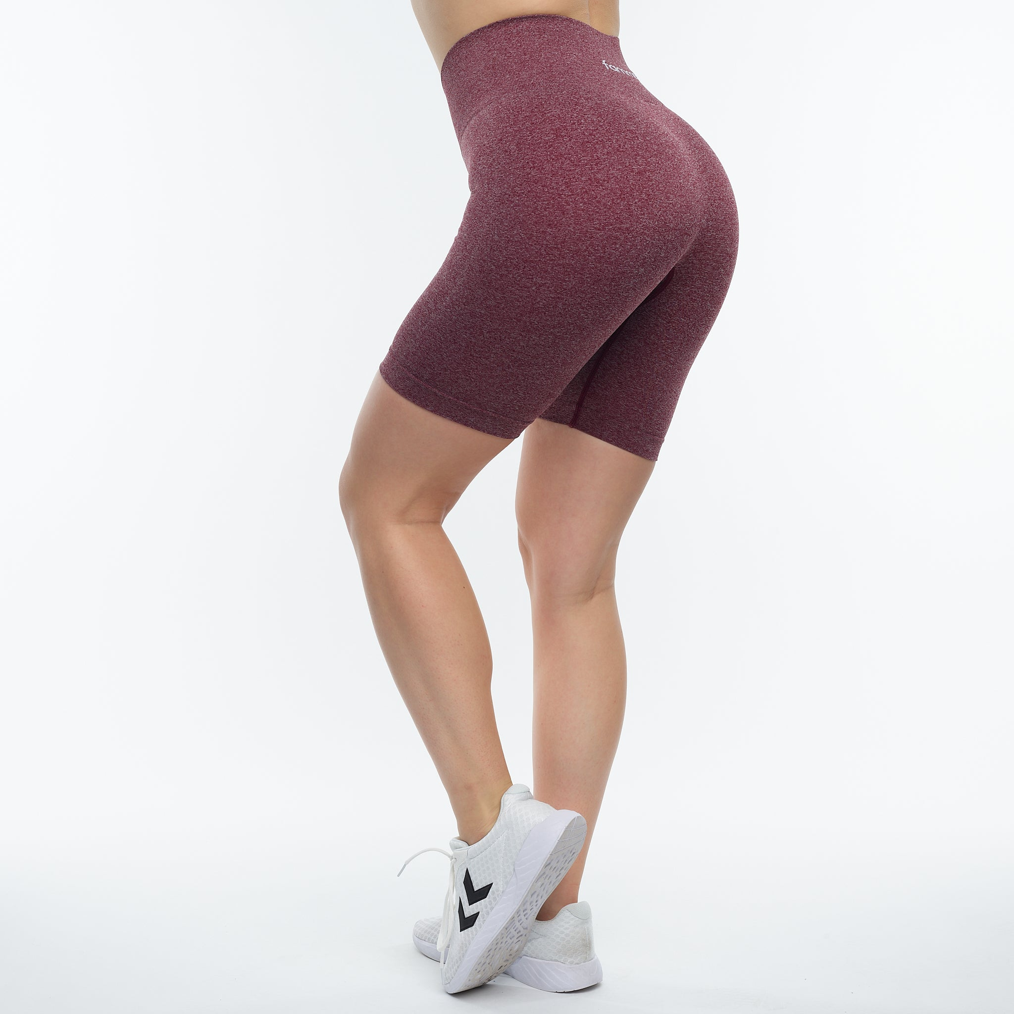 FAMME - FIT SHORTS BURGUNDY