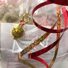 All That Glitters ~ Luxury Spinning Kit Merino/stellina Braid Darling Sheep Stitch Marker Included!