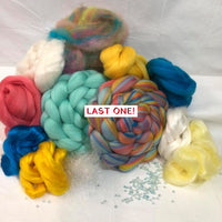 'HOT Tropical Summer! #2' ~ Double Braid Premium Spinning Kit ~ Darling Enamel Stitch Marker included!