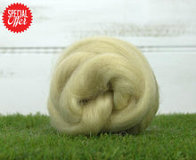 Wensleydale Top ~ Natural Spinning Fiber 4 Oz