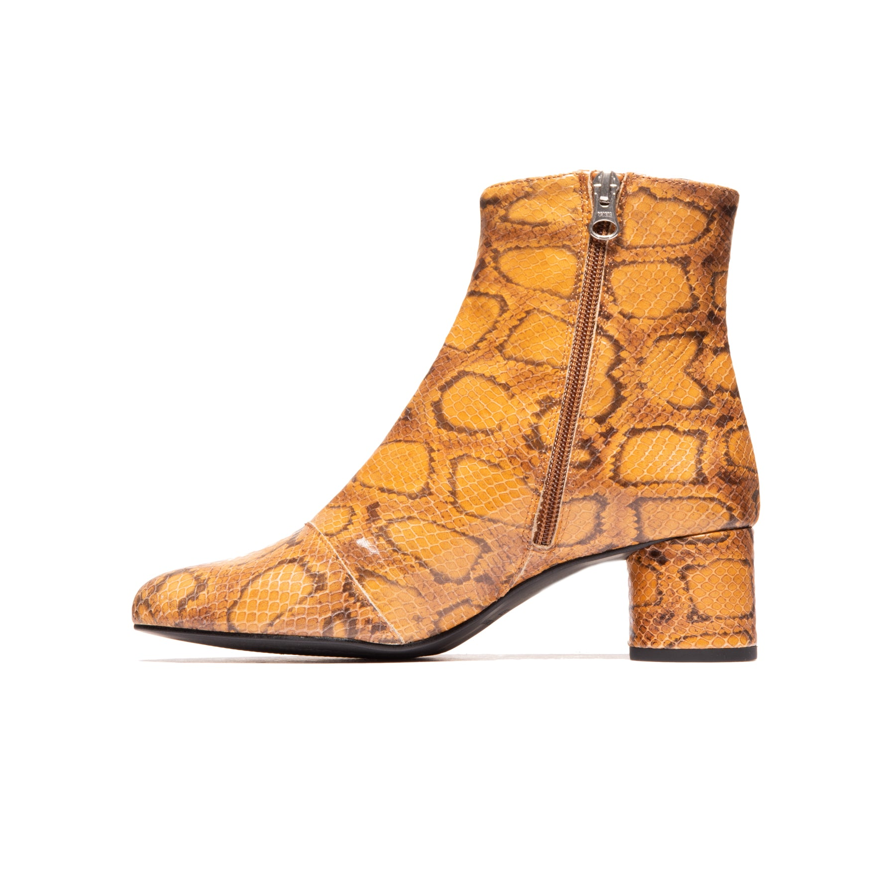 Fredonia Natural Snake Leather