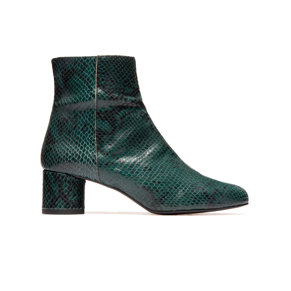 Load image into Gallery viewer, Fredonia Dark Green Snake Leather