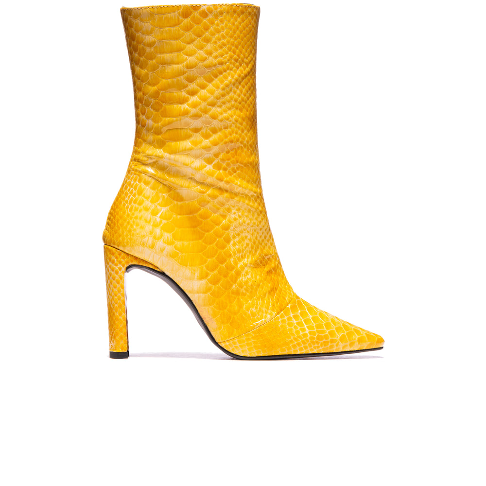 Load image into Gallery viewer, Stavi Yellow Vintage Snake Leather
