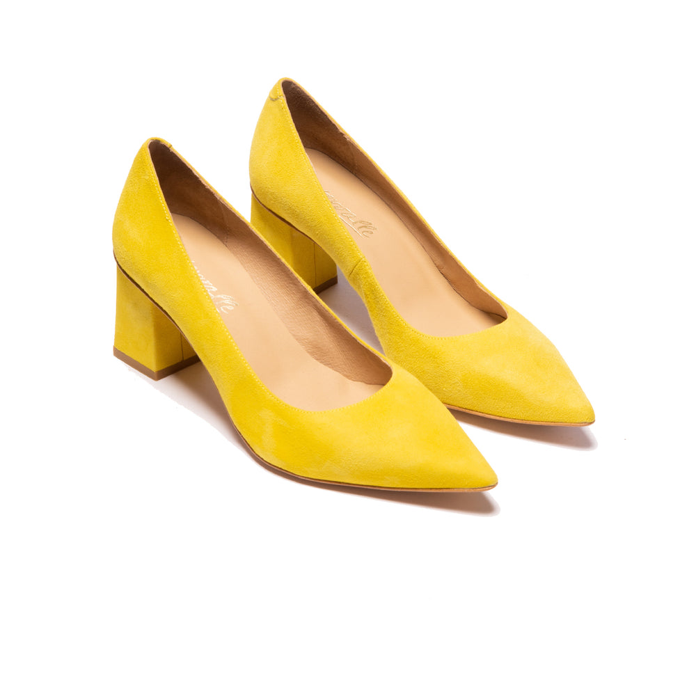 Load image into Gallery viewer, Lariba Yellow Suede