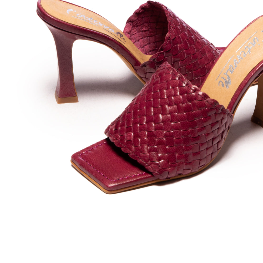 Nikia Wine Leather