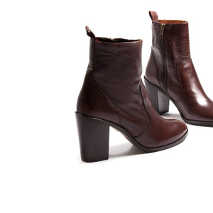 Barro Brown Leather