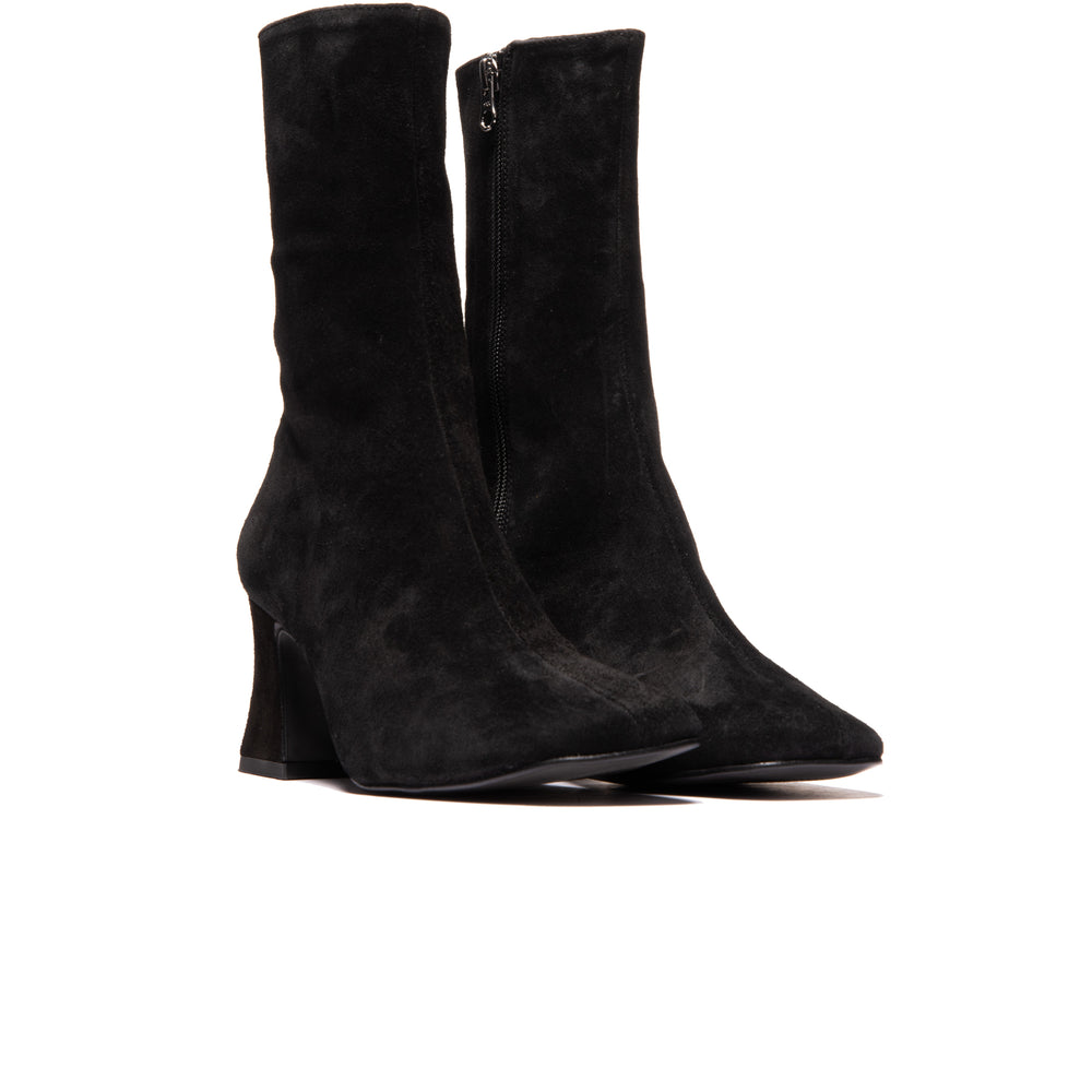 Load image into Gallery viewer, Cashel Black Suede