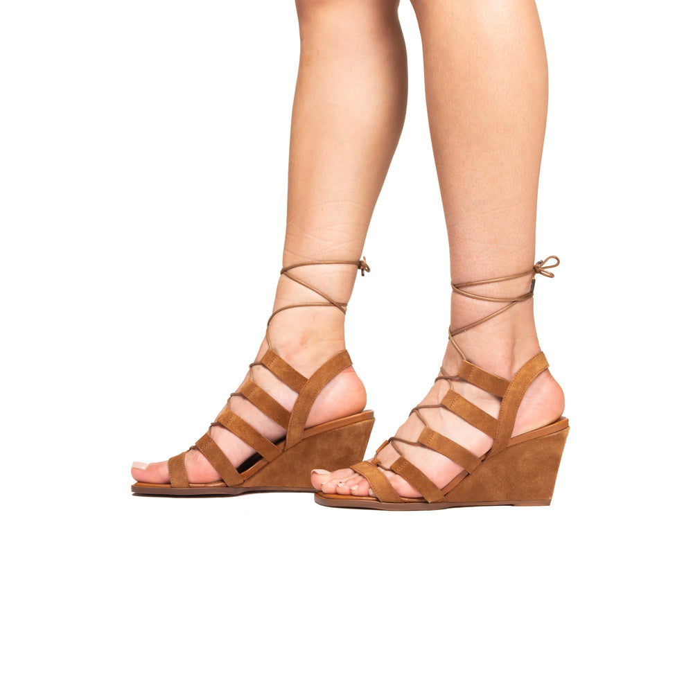 Liva Brown Suede