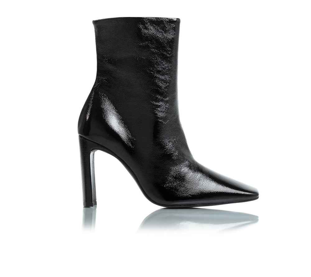 Load image into Gallery viewer, Lyon Black Naplack Leather Ankle Boots