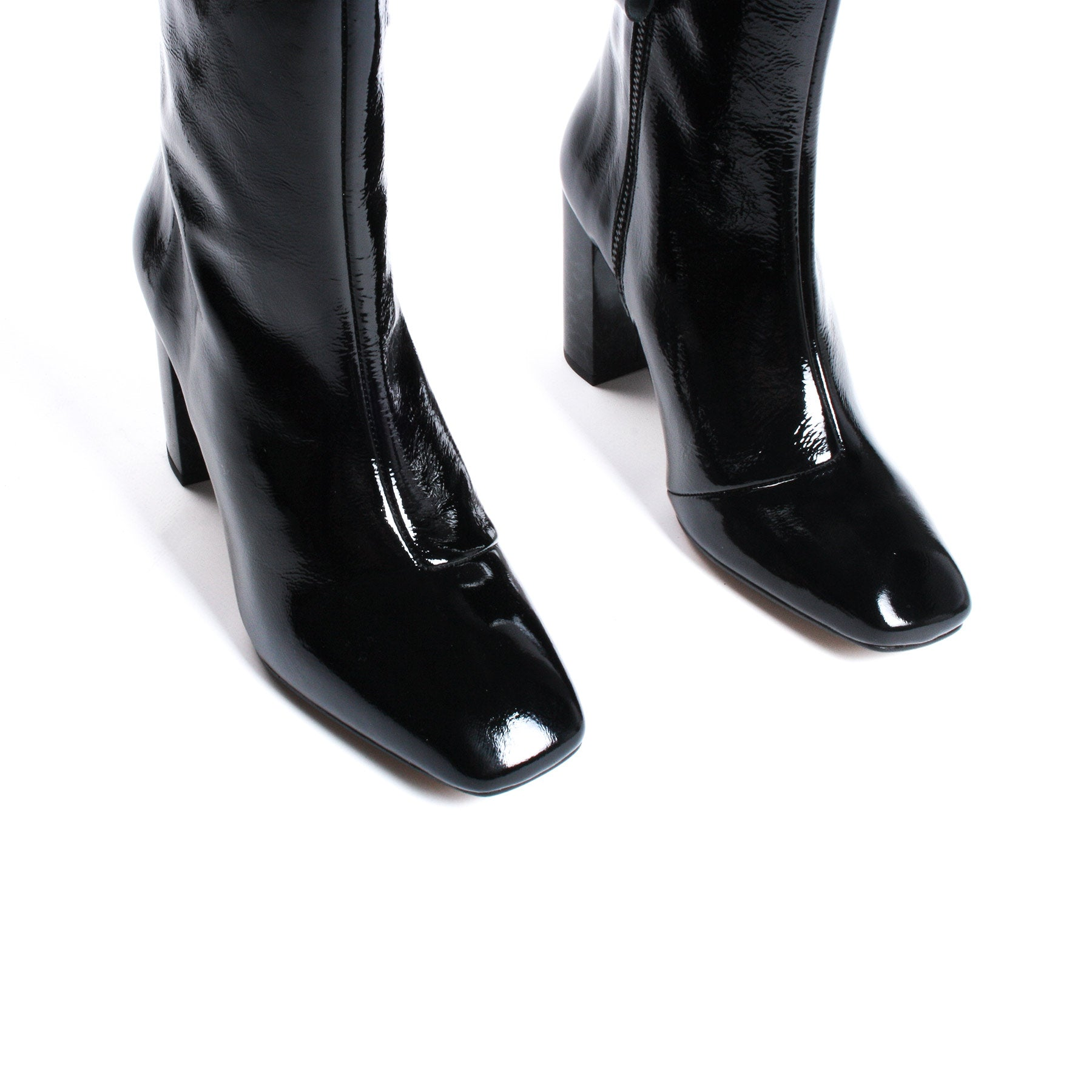 Navo Black Patent Leather