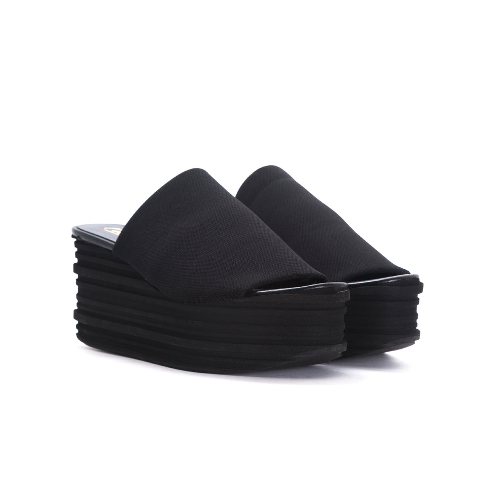 Load image into Gallery viewer, Agari Black Lycra Sandals