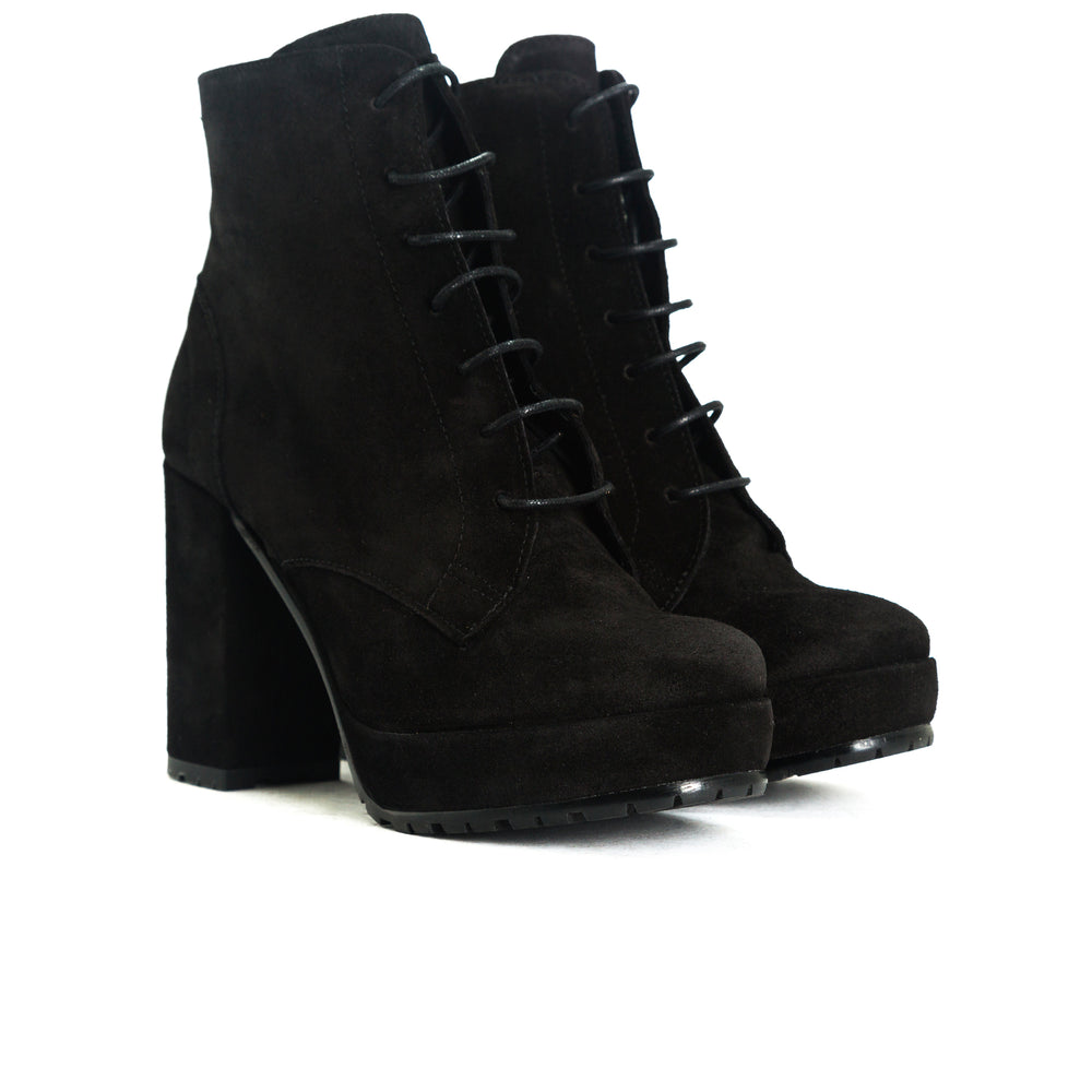 Fergy Black Suede Boots